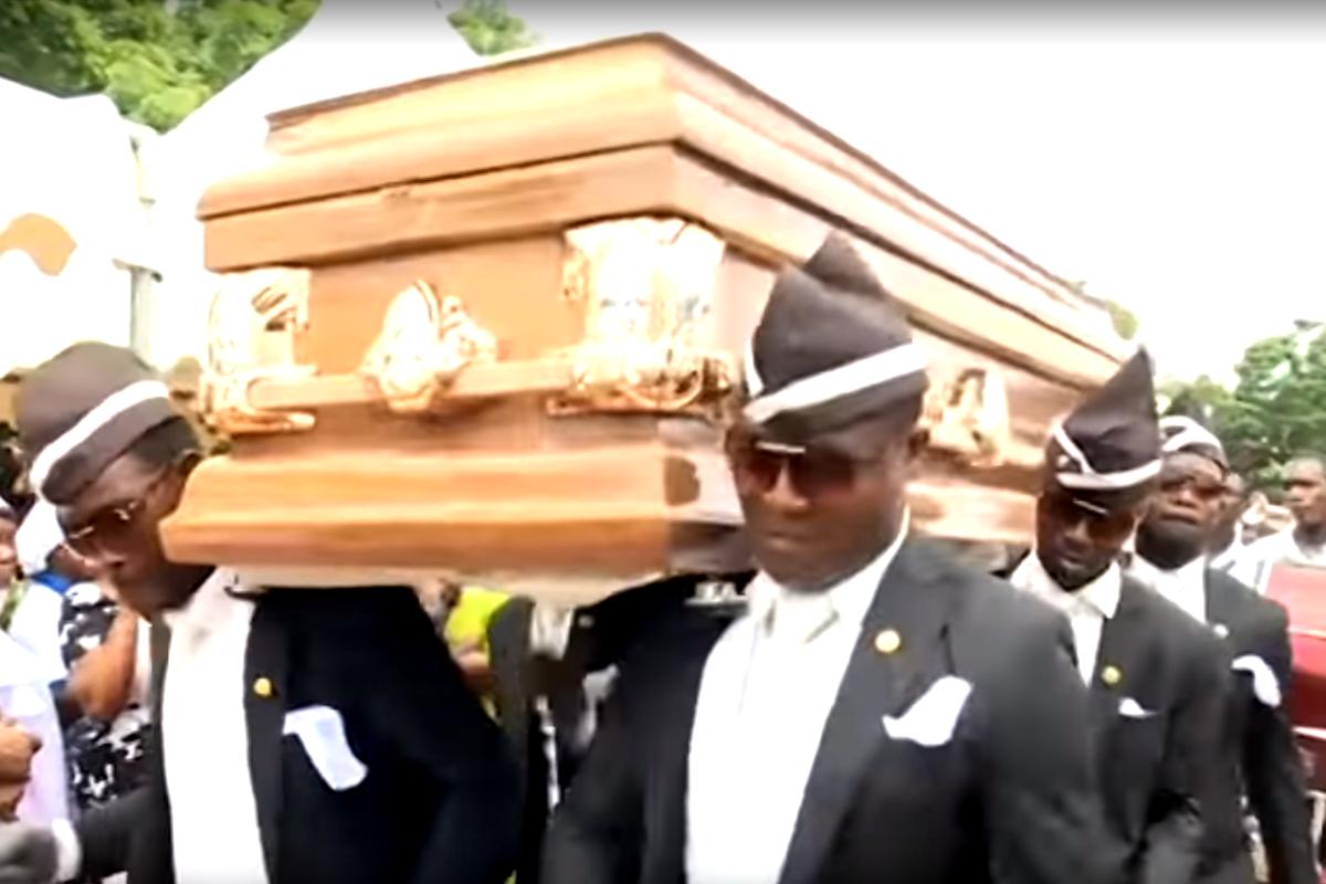Dançarinos de funeral são parte de uma tradição ameaçada - Flashback